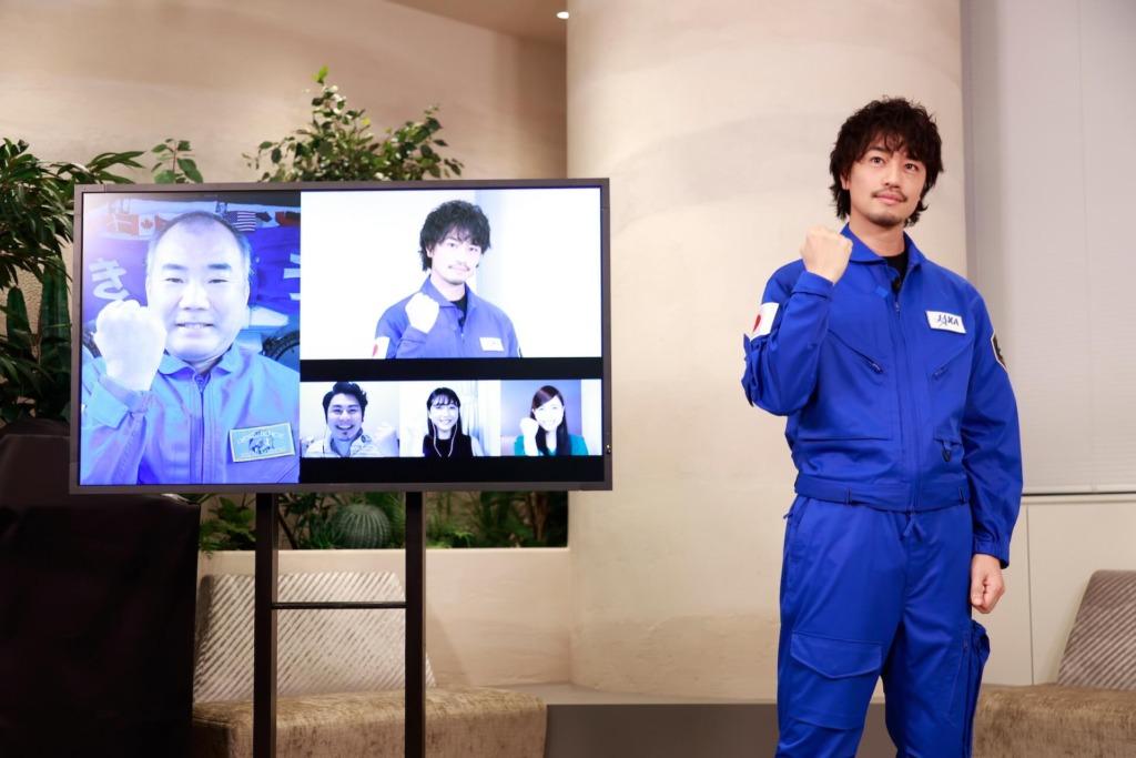 斎藤工と野口宇宙飛行士、3名の一般インタビュアー